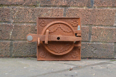 17.7 x 17.8 cm old cast iron fire bread oven door/doors /flue/clay/range/pizza