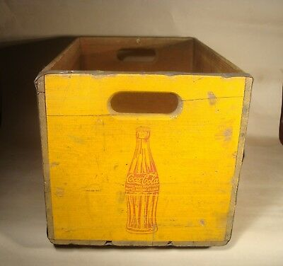 Wooden Christmas Coca Cola Bottle Crate, Dec. 25, 1923 on Bottle, Drink Coke