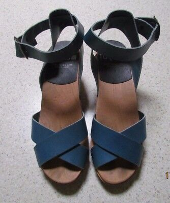 FUNKIS size 38 womens Ankle strap Blue Leather clog shoes - Postage calculated