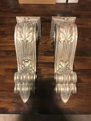 Pair of large corbels (set of 2)