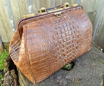 antique ALLIGATOR hornback DOCTORS BAG luggage Very Cool vtg