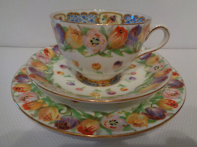 Wonderful Hand Painted Royal Doulton Trio - Tulip Flowers  - Great Condition