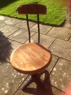 Singer Original Spring Back Chair Stool