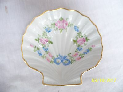 Nice Old Vintage Limoges Clam Shaped Dish