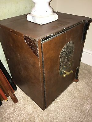 Antique Jacob Cartwright & Son of West Bromwich Safe