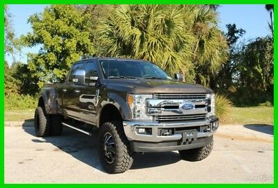 """2017 Ford F-350 8"""" Rough Country Suspension Lift Lariat FX4 4X4 Crew Cab 8' box 8"""" Suspension Lift 2017 Ford F350 Lariat Turbo Diesel 6.7L V8 32V Automatic 4WD"""