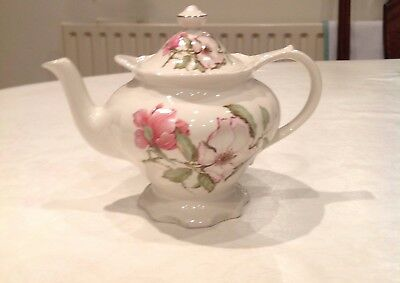 China floral teapot 1½ pint James Sadler England