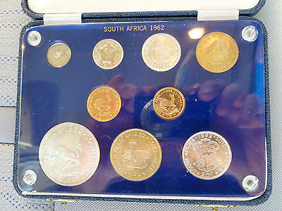 Scarce 1962 South African Gold Coin Set