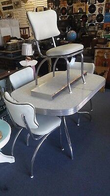 Vintage 1950's Formica Chrome Table With 4 Matching Chairs And Extra Leaf