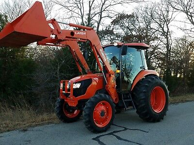 Kubota m7060 4x4 loader tractor LOW HOURS!!!