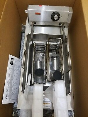 APW Wyott EF-30i new never used electric fryer
