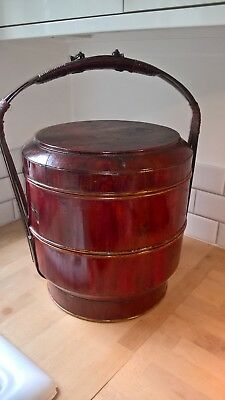 Chinese wedding basket hand painted with tiers inside nice item