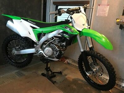 2016 Kawasaki KX  2016 kx450f .. mint condition