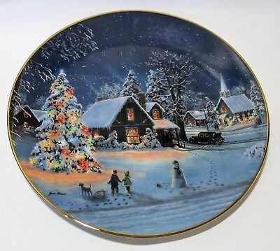 Jesse Barnes - Oh Christmas Tree - Collectors Plate - Gold Rimmed