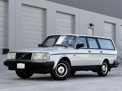 1987 Volvo 240 DL 1987 VOLVO 240 / 245 DL WAGON (MANUAL) (128,000 MILES) (1 OWNER FROM 04/08/1987)
