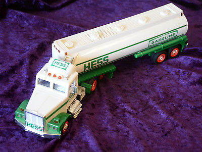 Hess 1990 Hess Truck - No Box - Working lights and sounds - Free S&H