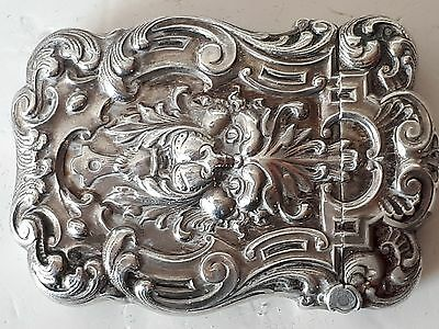 STUNNING ANTIQUE VINTAGE REPOUSSE STERLING SILVER VESTA CASE in GOOD CONDITION