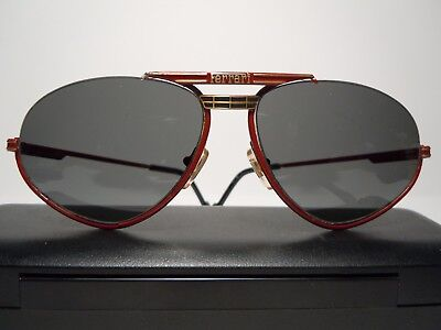 FERRARI Sunglasses Vintage 70's Made in Italy With Case - Made in Italy