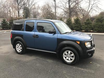 2006 Honda Element EX AWD 2006 Honda Element EX AWD : 2.4L Vtec Automatic 1-owner No Reserve!