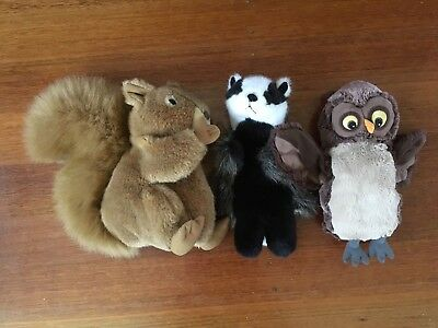 3 BRITISH ANIMALS hand puppets, Squirrel. Badger. Owl. Toy furry friends from UK