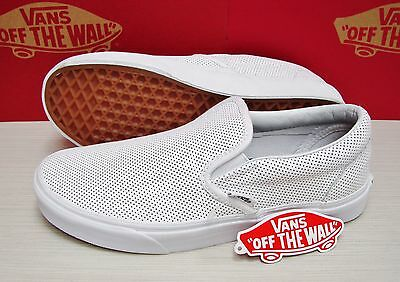 7731c1ca4ac2c0 VANS CLASSIC SLIP On Perf Leather Smoked Pearl VN-018DGKB Women s ...