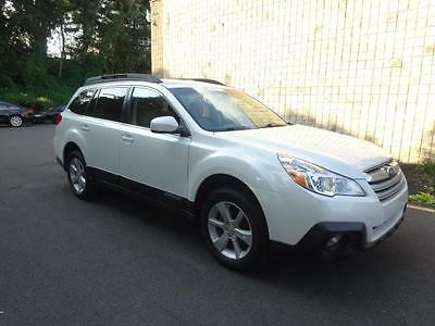 2014 Subaru Outback 2.5i Premium AWD Outback 2.5i Premium PEARL WHITE HEATED SEATS ONE OWNER NO ACCIDENTS SERVICED