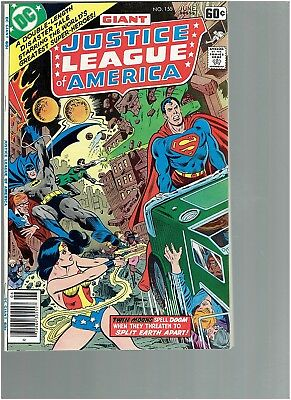 Justice League America 155  Twin Moon problems VF/NM