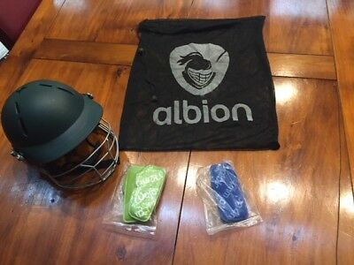 ALBION CRICKET HELMET, YOUTH  FULL FACE HEAD PROTECTION - Excellent Condition
