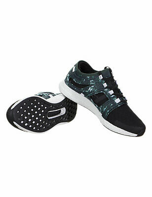 on sale 53512 d9117 Adidas Chaussures de course Sneakers Running Shoes Trainers Boost vert noir