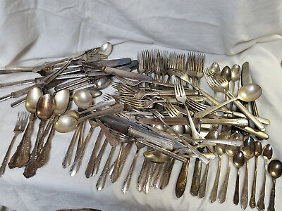Vintage Lot Of 112 Mixed Patterns Flatware Silver Plate Craft Jewelry ++