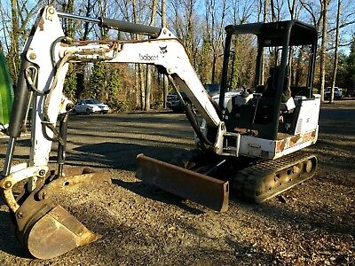 Bobcat 331 mini excavator with hydraulic thumb 2400 hrs NO RESERVE auction