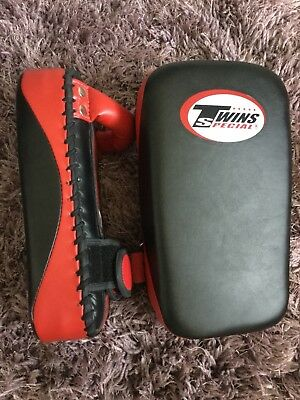 Twins Mini Thai Pads
