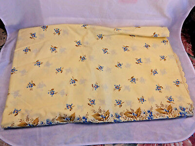 Vintage 1970s Italian Yellow Poly/Cotton Table Cloth & 8 Napkins, Florals, New