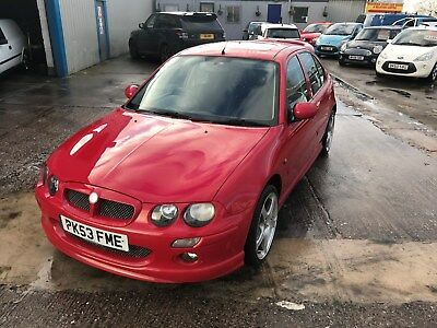 MG ZR. 1.4LITRE  In red. 117000 miles Mot just up. spares and repairs. Drivable