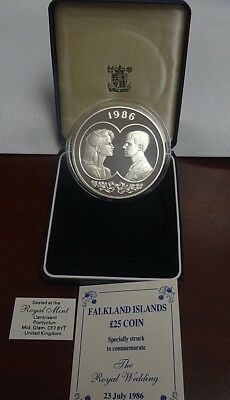 The Royal Mint 1986 Proof £25 Royal Wedding 4.84 Troy Oz Silver Round In Case