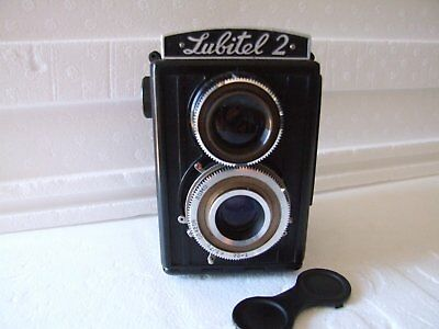 Russian Lubitel 2 TLR camera fully working- excellent condition-- hard case