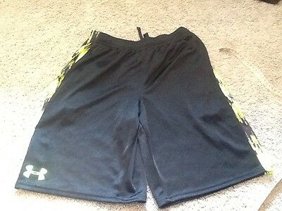 Under Armour Youth Large Black And Yellow Athletic Shorts