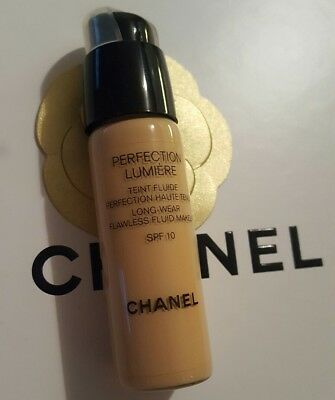 CHANEL Perfection Lumiere Teint Fluide Perfection Haute Tenue 40 Beige 20ml