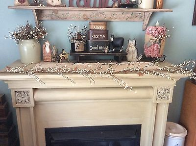 Primitive country farmhouse creme with rusty stars pip berry garland rustic