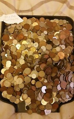 World Foreign coins Collection,  29.4 Pounds of Coins Nice Lot!