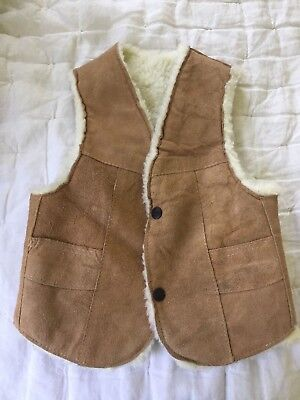 Vintage Childs Tan Suede Sherpa Lined Western Vest w Snaps  Warm and CUTE