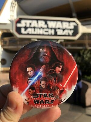 2017 Disney Star Wars The Last Jedi Premiere Button Force Friday Limited Edition