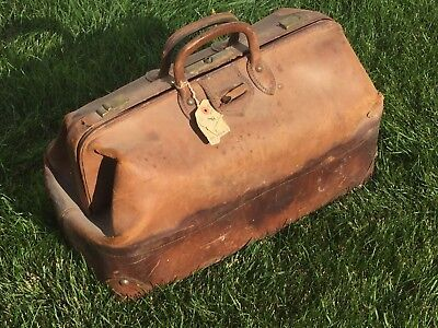 Antique Leather Suit Case Doctors Luggage Week-end Travel Bag - Brass Latches