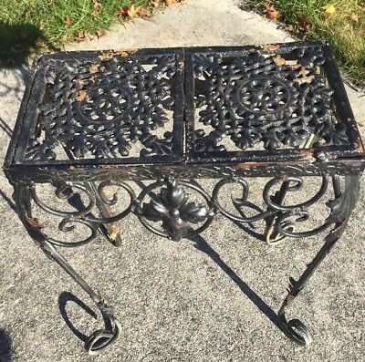 Vintage Cast Iron Plant Stand Small Rustic Ornate Table Outdoor Garden Black