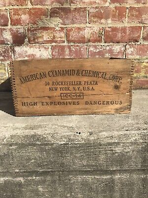 Old Wood Wooden American Cyanamid High Explosive Dynamite Finger Joint Crate Box