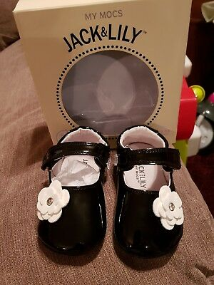 Jack & Lily My shoes size 12/18 months leather brand new in box.