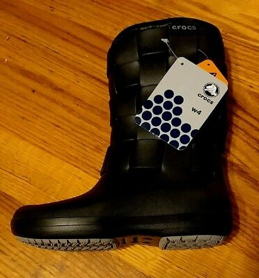 8a1619a80 Crocs Super Molded Weave Boot With Faux Fur Lining In Black Size 4 New With  Tags
