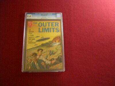"""1965 RARE 5th ISSUE THE OUTER LIMITS """" COMIC  CGC 9.4  CERTIFIED $240.BOOK VALUE"""