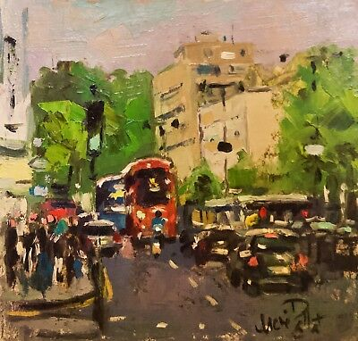 Traffic at Notting Hill