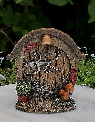 Miniature Dollhouse FAIRY GARDEN Gnome ~ Mini Door with Plant & Mushrooms ~ NEW